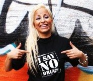 I SAY NO DRUGS svart t-shirt